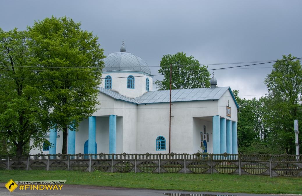 Успенская церковь (1819), Линовица