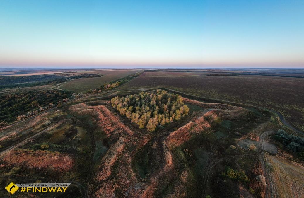 Paraskivska fortress, Paraskoviya