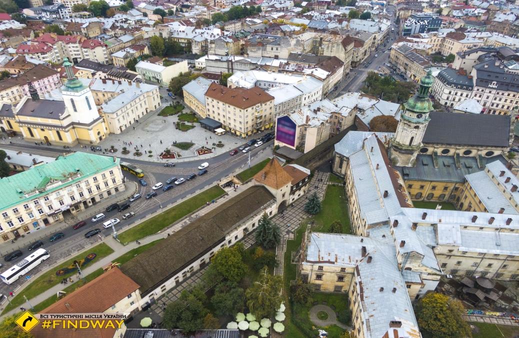 Оборонительные стены старого Львова
