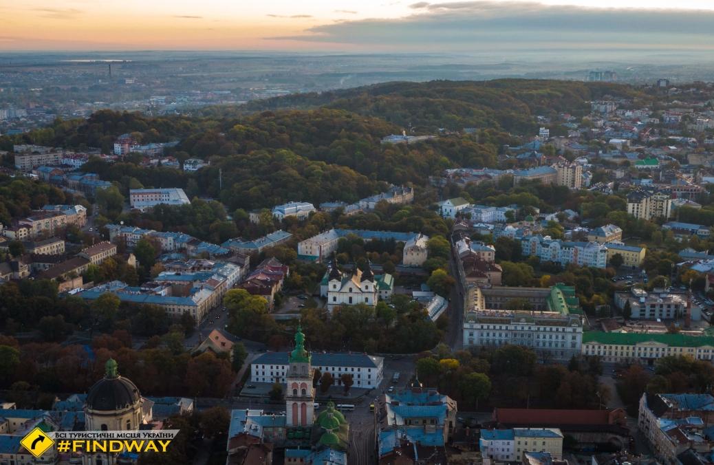Храм Архистратига Михаила (кармелитов босых), Львов