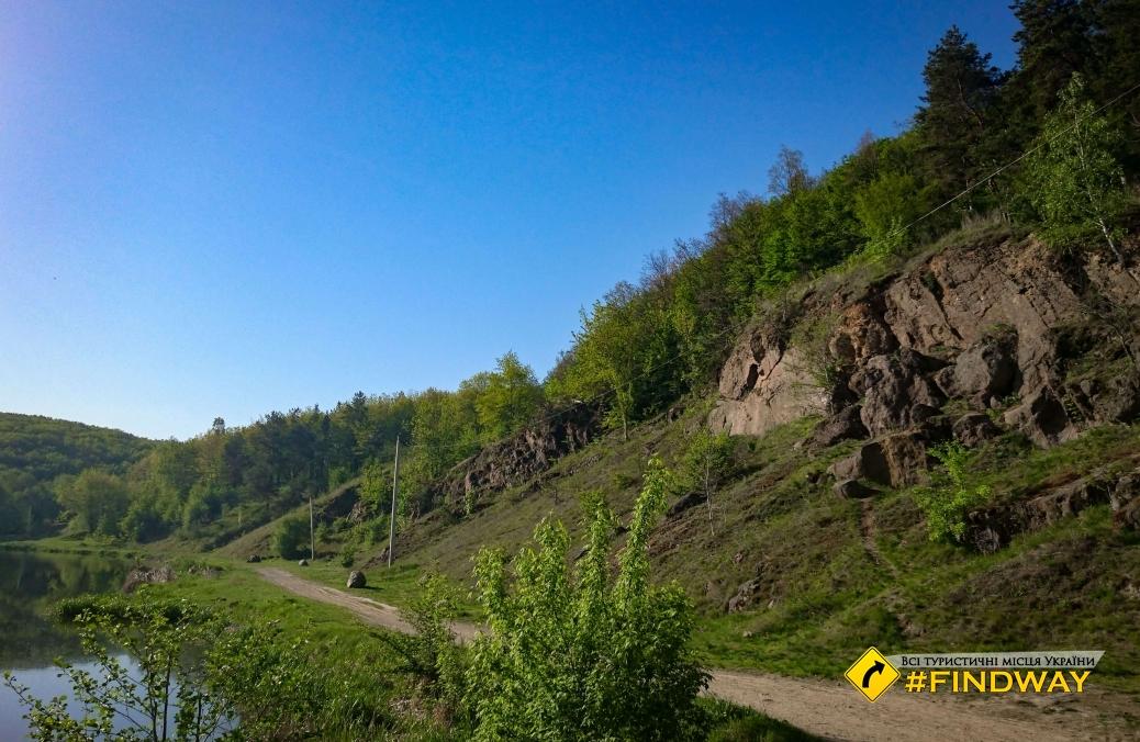 Сабарівська скеля та городище, Вінниця