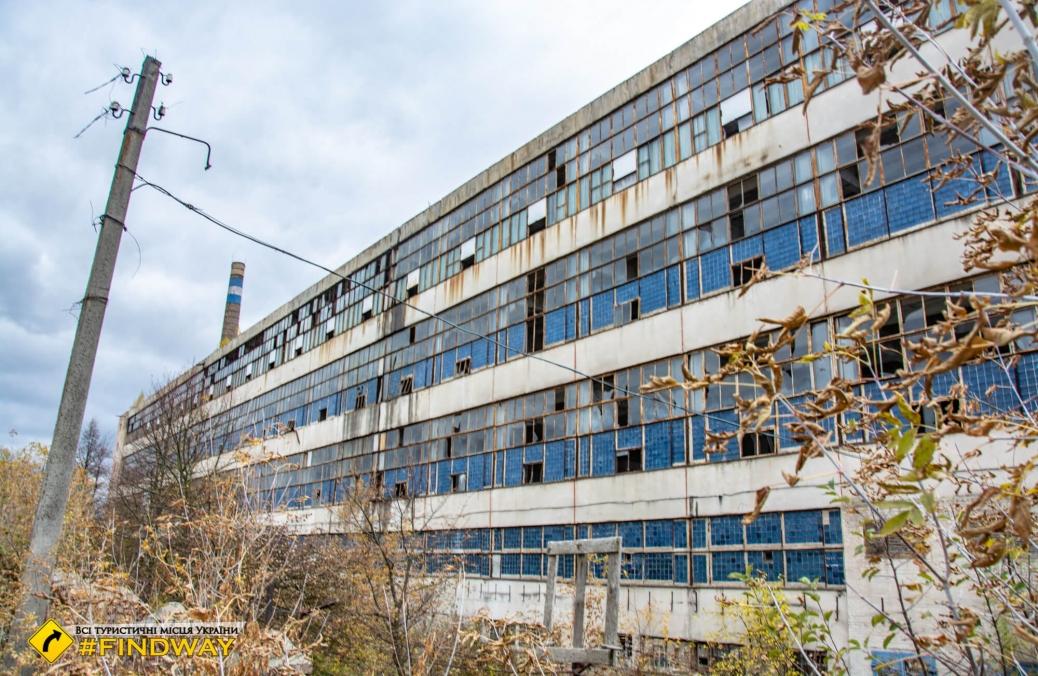 Заброшенный Будянский фаянсовый завод, Буды