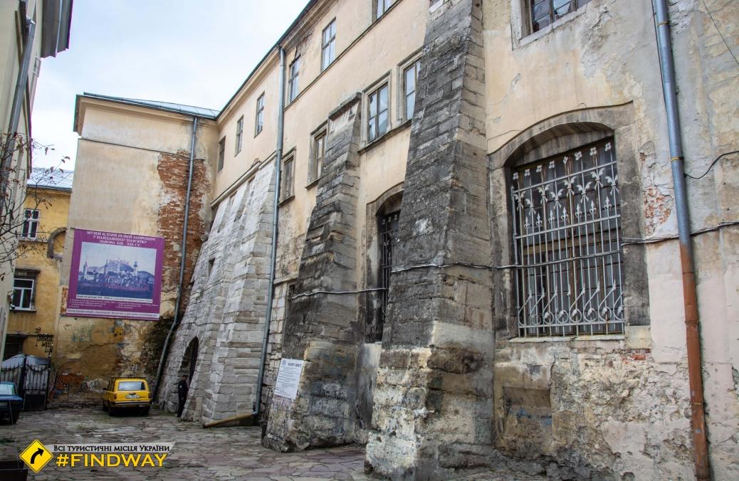 Средневековые подземелья, Львовский музей истории религии