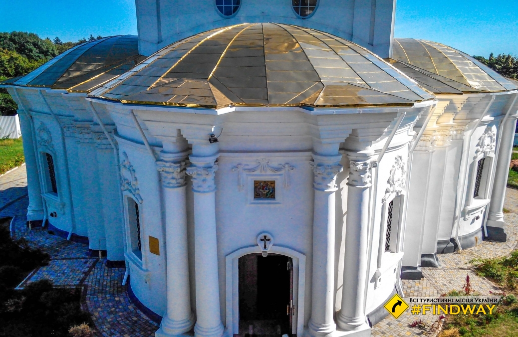 Свято-Троицкая церковь, Диканька