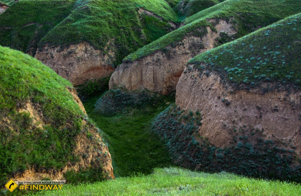 Станіславський каньйон (Херсонські гори балки Байдиха)