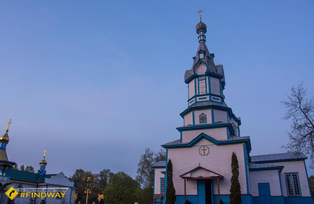 Church of Dmytro Rostovsky, Chornotychi