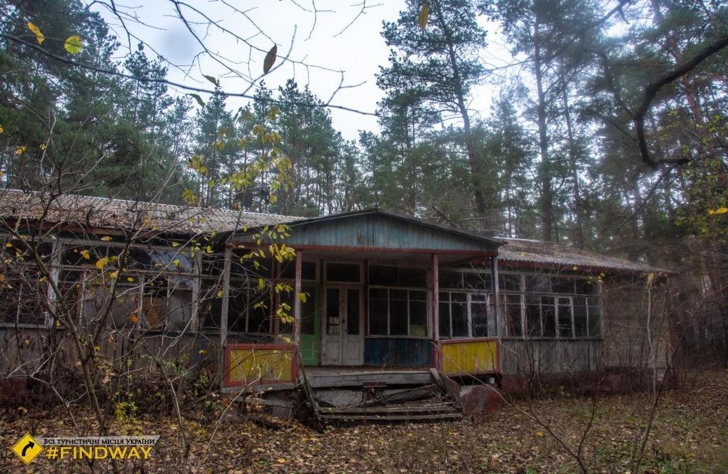 Заброшенный детский лагерь «Сосновый бор», Тимченки