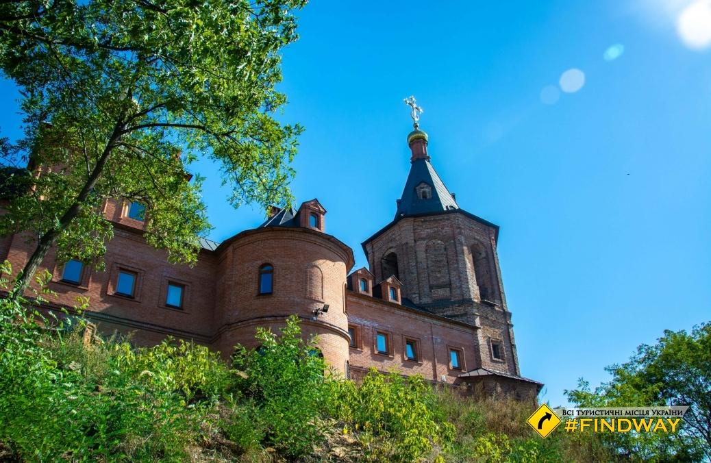Свято-Троицкий монастырь, Ахтырка