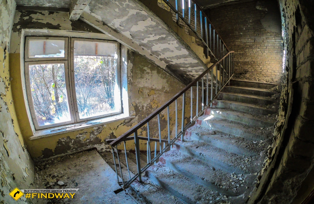 "Abandoned recreation center ""Hvoina"", Stariy Saltiv"