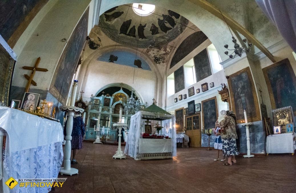 Свято-Троицкий храм (~1700г), Запселье