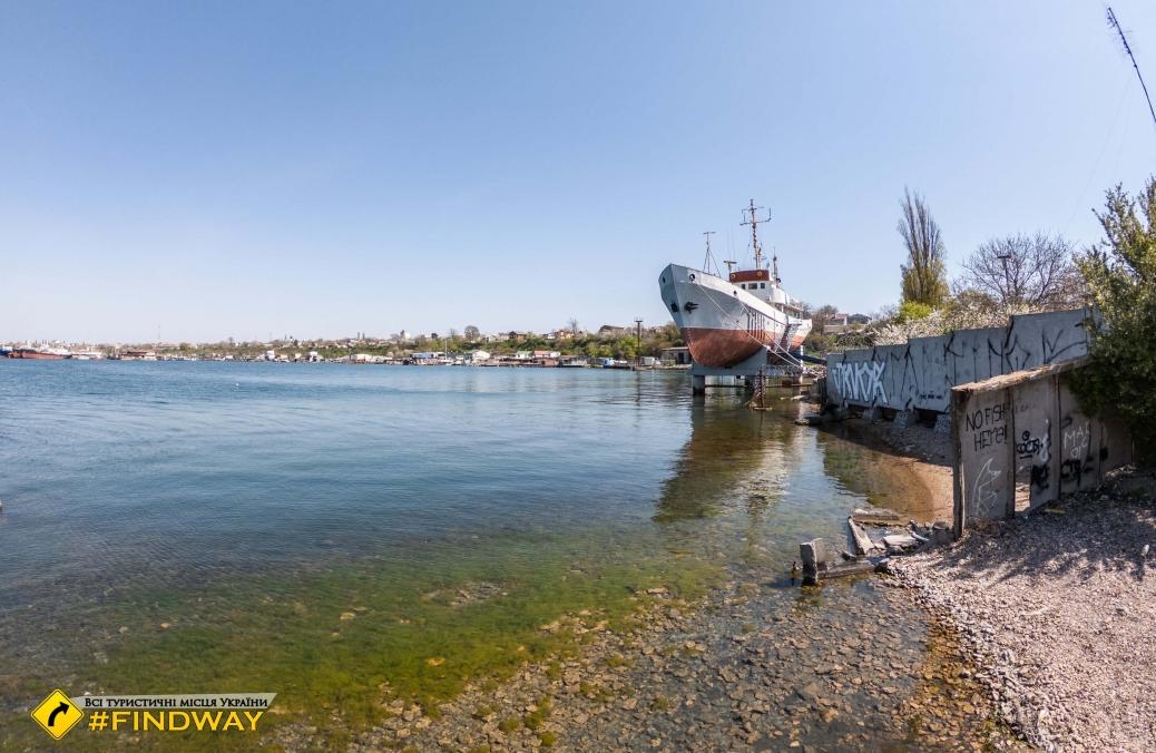 Маяк и вид на порт, Одесса