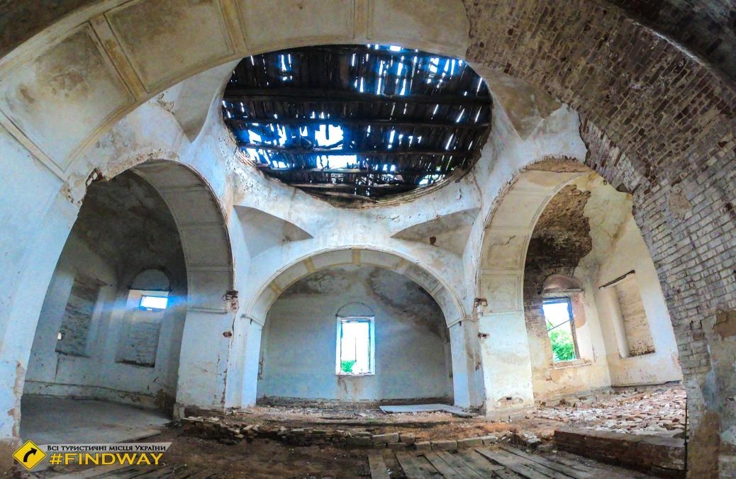 Заброшенный Свято-Петропавловский храм (~1800г), Петропавловка