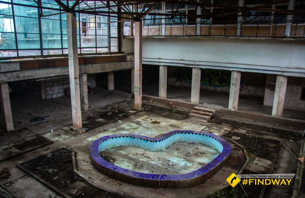 Abandoned sanatorium after.Pyrohova, Kuyalnyk