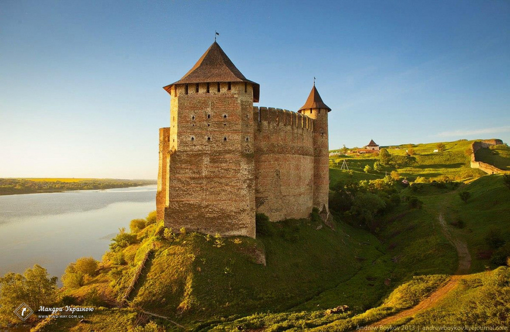 фортеці і замки україни