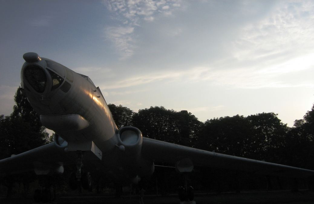 Памятник Ту-16П (в\г №12)