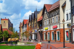 "European town shopping outlet ""Manufacture"", Kyiv"