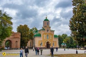 Сретенский собор, Прилуки