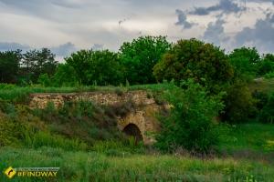 Stone arch bridge (1780), Burgunka