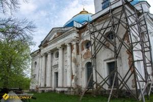 Успенська церква (1780р), Вишеньки