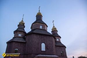 Дерев'яна церква Петра Калнишевського, Буда