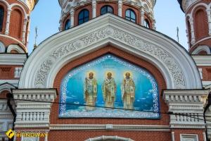 Церковь Трех Святителей (Гольдбергивськая), Харьков