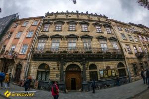 Львовский исторический музей, Площадь Рынок