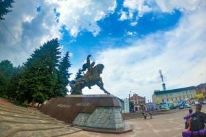 Площадь Независимости, Дубно