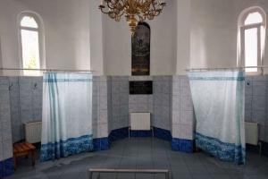 Кириченкова криниця - святе джерело та купальня Пісчанської Божої Матері, Ізюм