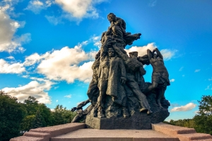 Monument to the victims of Babin Yar, Kiev