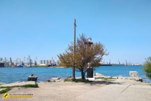 Маяк та краєвид на порт, Одеса