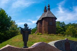 Cossack Church of Blessed Virgin, Cossack memorial, Kaniv
