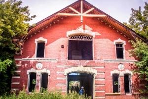 Abandoned stables at Nataliyvskyi park, Volodymyrivka