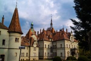Палац графів Шенборнів (замок Берегвар), Мукачево, Закарпаття