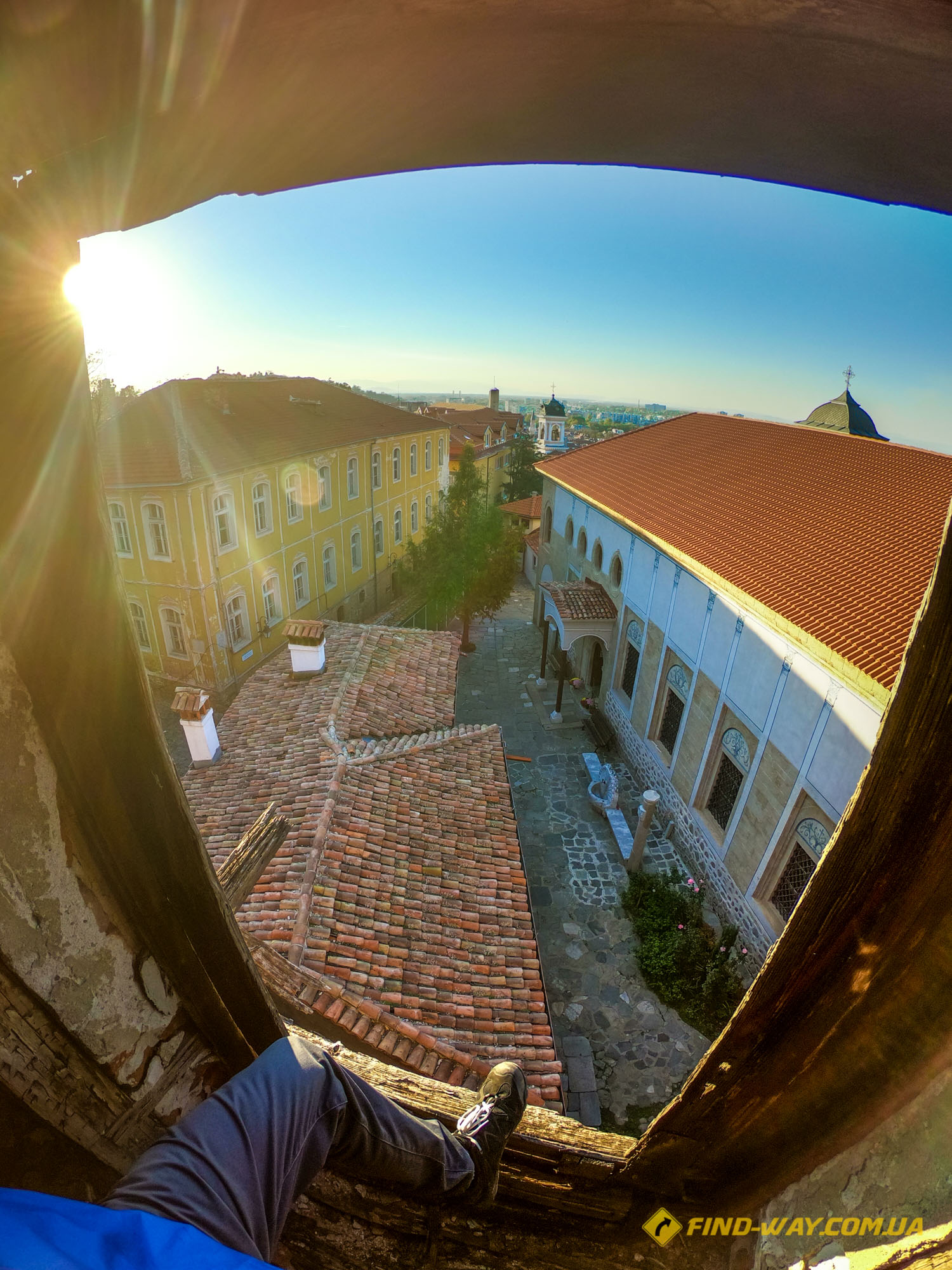 travel with findway crazy ukrainians abandoned places bulgaria plovdiv